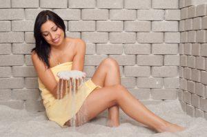 להקלת הנשימה ולהרגעת הנפש: כדאי להכיר את הסגולות של חדר המלח